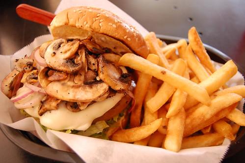 20080620 Mushroom & Swiss Bison Burger