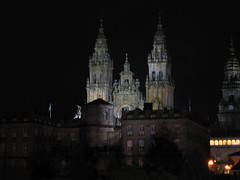 "Santiago Cathedral at Night • <a style=""font-size:0.8em;"" href=""http://www.flickr.com/photos/48277923@N00/2625535833/"" target=""_blank"">View on Flickr</a>"