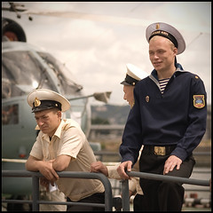Armada 2008 - Russian sailors (Nicolas Harter) Tags: france seine square navy armada rouen sailor d200 russian 2008 sigma50150 nicoinchina nicolasharter