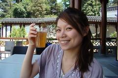 中式庭園-喝中國茶用塑膠杯,好沒FU