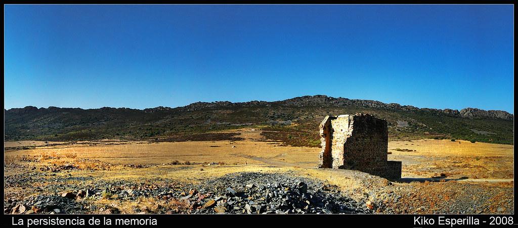 Memoria1-Castillete de la mina de La Gamonita