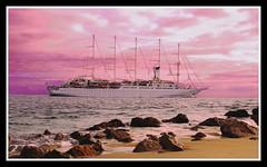 veleiro praia figueirinha (Miguel Conde) Tags: trip praia miguel dawn boat day setbal viagem sail conde fotografia passagem amanhecer luxo anoitecer fotografo veleiro figueirinha