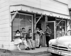 El Modena Branch of the Orange County Public Library, June 1957 (Orange County Archives) Tags: california orange history library historical southerncalifornia orangecounty cityoforange liblibs orangecountypubliclibrary elmodena orangecountyarchives orangecountyhistory