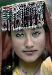 chinese in the west of china (fincolin84) Tags: girls boys girl kid asia iran bosnia blueeyes iraq chinese middleeast jordan greeneyes syria xinjiang iranian blondehair childs prettygirls mongol arabs euresian