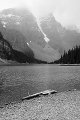 Moraine Lake (meffsco) Tags: lake canada beautiful alberta lakelouise banffnationalpark morainelake valleyofthetenpeaks glaciallake rockflour