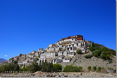 The Thiksey Monastery, Leh, Ladakh (Shabbir Ferdous) Tags: blue sky india colour photographer leh ladakh thikseymonastery bangladeshi canoneos5d shabbirferdous ef2470mm28lusm wwwshabbirferdouscom shabbirferdouscom