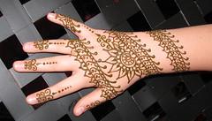 hand_slingnslack2008_mehndi_diagonal