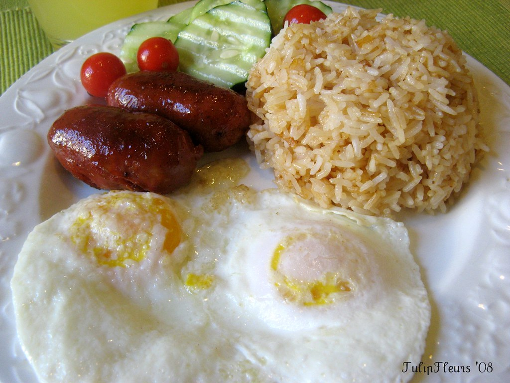 Happy Sunday!!  Breakfast ... Filipino Style :-)