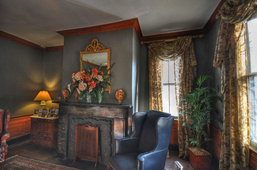 1837 B&B Interior