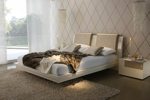 White Bedroom – A Bright Idea in Contemporary Bedroom Furniture