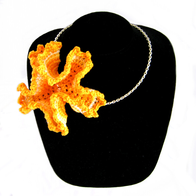 Asiatic Lily Crocheted Necklace
