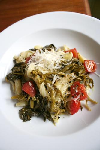 Pasta mit neapolitanischem Broccoli