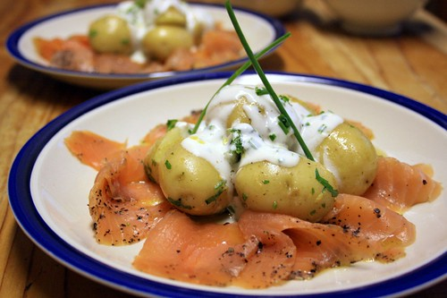 Smoked salmon and new potatoes with lemon creme fraiche