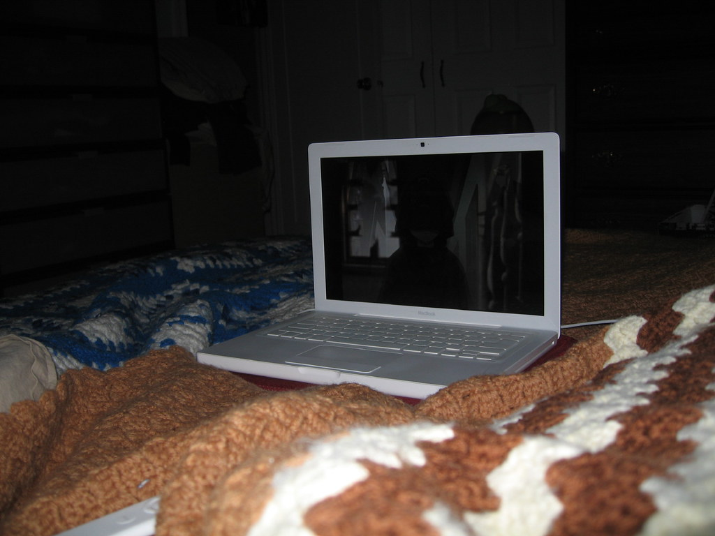 April 17, 2008: No TV = Movies on Mac