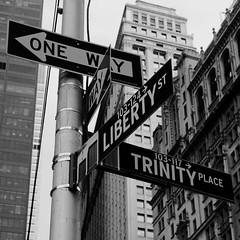 New York (Leo Reynolds) Tags: bw photoshop canon eos iso400 f67 44mm 0ev 40d hpexif 0011sec leol30random grouputata groupbw grouptwtme threadtwtme threadtwtme2mon xsquarex groupblackwhite groupsepiabw xleol30x xratio1x1x xxx2008xxx