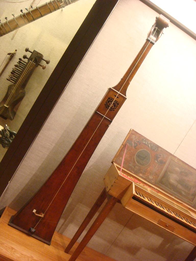 trumpet marine