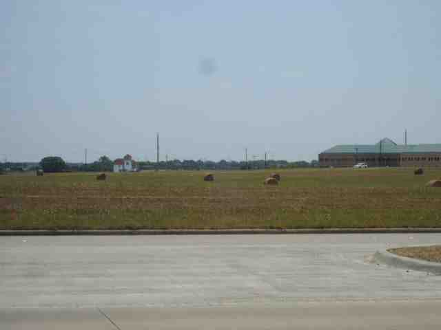 Hay bales near Exchange Parkway, Allen, Texas USA