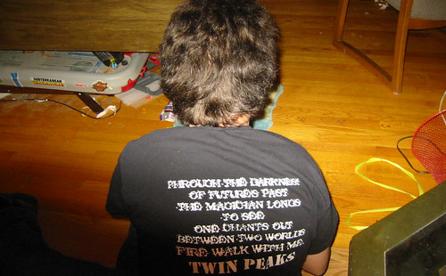 20071215 - Clint - 144-4436 - Twin Peaks shirt - back
