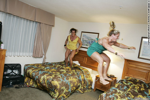 Annie Rivieccio and Kira Neuman Bed Jump In Vegas