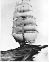 471220 Pamir (rona.h) Tags: december tallship tallships 1947 barque pamir squarerigger ronah stanleycollier