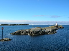 little island (anna wilder) Tags: lighthouse norway island norge norwegen insel ona fyr leuchtturm y