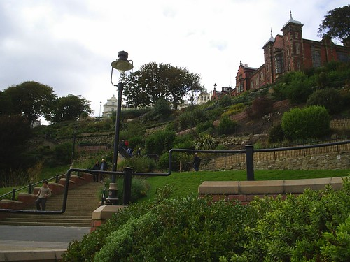 gardens & stairs below grand hotel