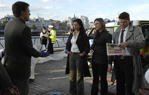 4x01/4x02 - Yanks in the U.K. by Bones Picture Archive.