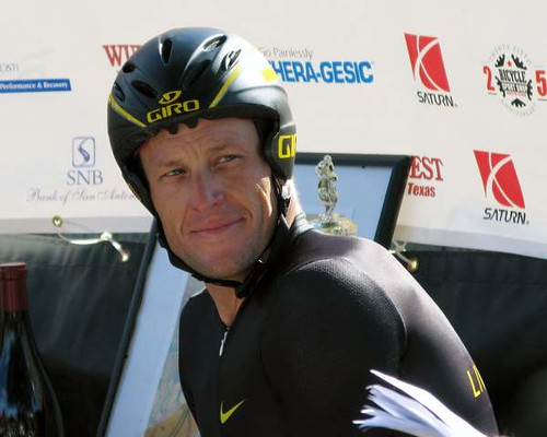 Lance Armstrong in Gruene TX 2008 by KevinSaunders, on Flickr