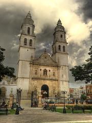 La catedral de Campeche en HDR (koser_1) Tags: parque sky clouds mexico catedral iglesia cielo nubes rs hdr campeche koser mywinners anticado koser1