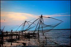 An evening at Kochi !!! (saternal) Tags: kerala cochin kochi southindia fishingnet vala indiatravel chinesefishingnet cheenavala saternal