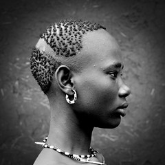 Bodi tribe woman haircut Ethiopia (Eric Lafforgue) Tags: africa black girl beauty hair dam african profile tribal explore blackpeople ethiopia tribe ethnic fille barrage razor tribo indigenous coiffure africain afrique lightroom bodi indigenouspeople tribu omo thiopien etiopia beaute ethiopie etiopa blackskin meen ethnique 3616 tribalgirl lafforgue  africangirl etiopija ethnie ethiopi  ericlafforgue artlibre etiopien etipia  etiyopya  artlibres southethiopia ericlafforguecom   tribalgirls  abissnia   portraitsethniques portraitethnique salinicostruttori    gibeiiidam gibe3dam bienvenuedansmatribu peoplesoftheomovalley