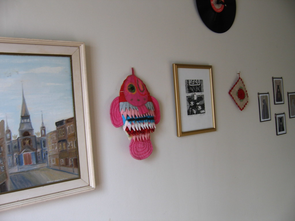 kitchen wall with painting