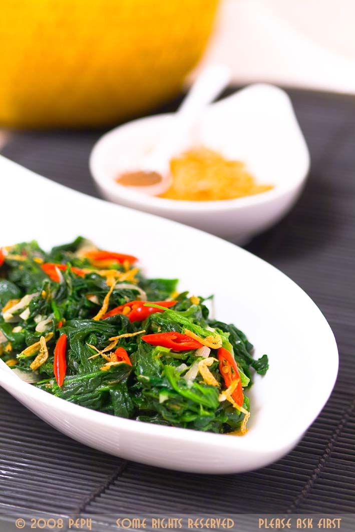 Spinach with Dried Shrimp Paste 2