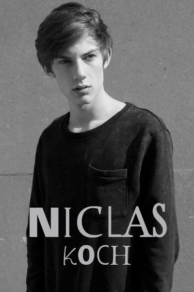 SS12 Milan Show Package_Why Not073_Niclas Koch(Fashionisto)