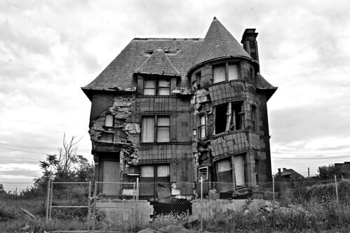 detroithouse.jpg