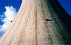 Ascending a cooling tower by rope access techniques (Craig Hannah) Tags: coolingtower chimney rope access ropeaccess abseil work ropes industrialrope aid aidclimbing ascent climb ropeaccesstechniques jugging jumar ascending climbing industrialropeaccess bigwall concrete abseiling images photos industrial photo photographs imagesropeaccess ropeaccessphotos