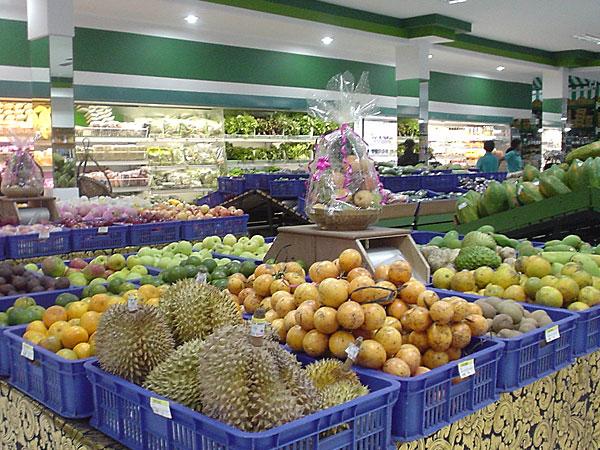 スーパーマーケットに潜入