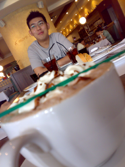 Hot Chocolate-Edwin @ Italiannies