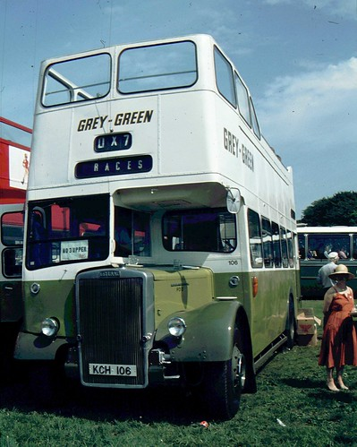 085-36 Grey Green Leyland PD2 at Epsom Races