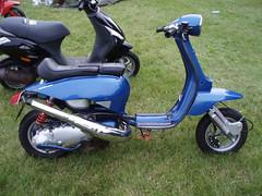 jet cutdown (mark & anne's photos) Tags: vespa rally lambretta scooters custom scooterrally bretta ronniebiggs