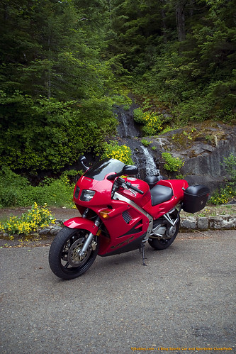 VFR at the Peak in front of the falls