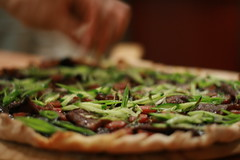 chinese smoked duck pizza (mintyfreshflavor) Tags: cookingclub anniversarydinner duckpizza