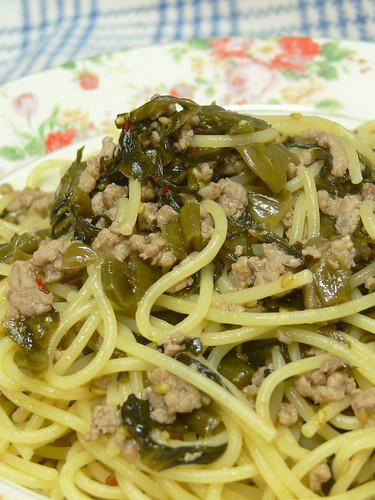 高菜と豚挽肉のスパゲティ