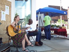Margaret Bianchetta & Eric McSpadden performing on Opening Day (Old North St. Louis) Tags: city farmers market north