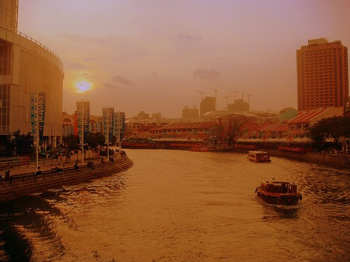 River of gold - Clark Quay