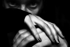 (NuageDeNuit   Chiara Vitellozzi) Tags: bw white black 50mm hands dof bokeh bn emotive blancinegre ilovemac nikond200 nuagedenuit