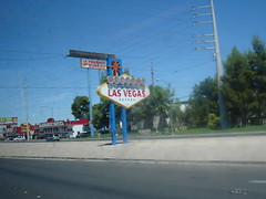 The famous Las Vegas sign (ashbrian) Tags: 2005 lasvegas nevada worldtrip