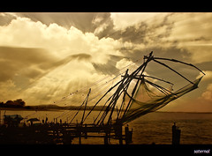 Chineese Fishing nets (saternal) Tags: kochi aplusphoto chineesefishingnet saternal cheenivala