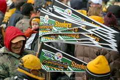 Steelers.. (Deepak & Sunitha) Tags: pittsburgh nfl super bowl victory parade title superbowl sixth celebrate 2009 steelers champions grantstreet gosteelers terribletowel herewego steelernation xliii sixburgh slashd