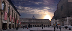 Bologna (@orbi) Tags: city italien people italy panorama sun sunrise place market platz stadt bologna sonnenaufgang hdr